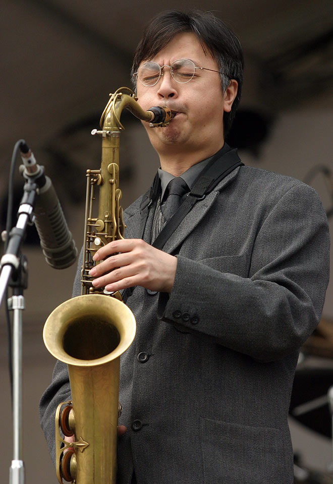 刘元 著名爵士萨克斯演奏家